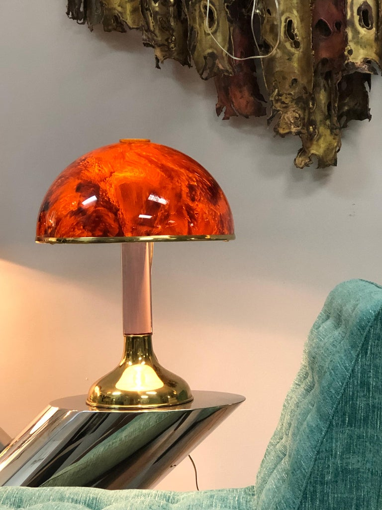 Pair of Italian Lucite and Faux Tortoise Table Lamps, 1970s In Good Condition For Sale In Miami, FL