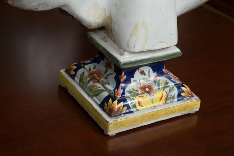 Pair of Italian Majolica Busts In Good Condition In WEST PALM BEACH, FL