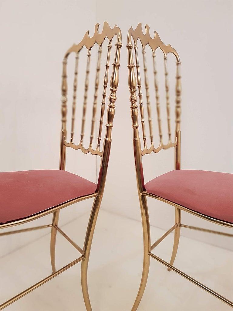 Pair of Italian Massive Brass Chairs by Chiavari, Upholstery Pink Velvet For Sale 2