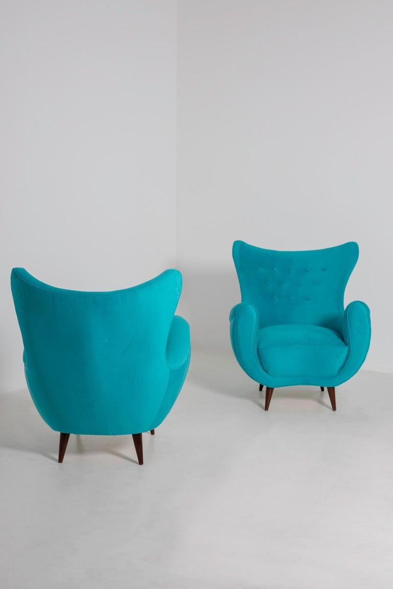Mid-Century Modern Pair of Italian Midcentury Armchair in Light Blue Velvet, 1950s For Sale