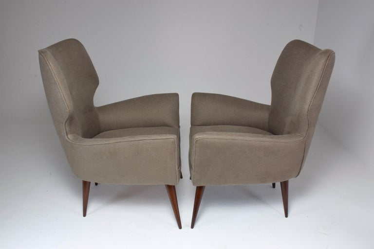 Pair of Italian Midcentury Armchairs, 1950s   For Sale 4