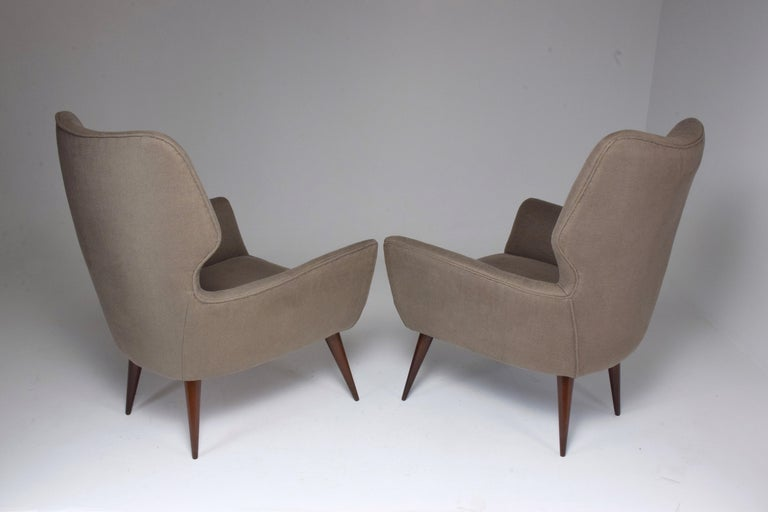 Pair of Italian Midcentury Armchairs, 1950s   For Sale 5