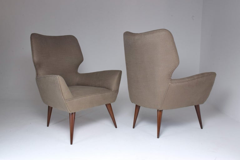 Pair of Italian Midcentury Armchairs, 1950s   For Sale 9