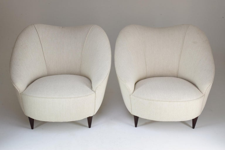 20th Century Pair of Italian Midcentury Armchairs Attributed to Gio Ponti, 1950s For Sale