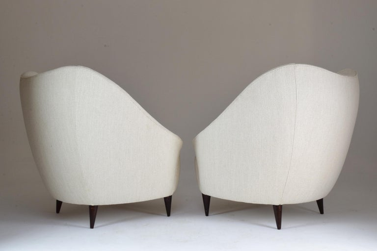 Pair of Italian Midcentury Armchairs Attributed to Gio Ponti, 1950s For Sale 3