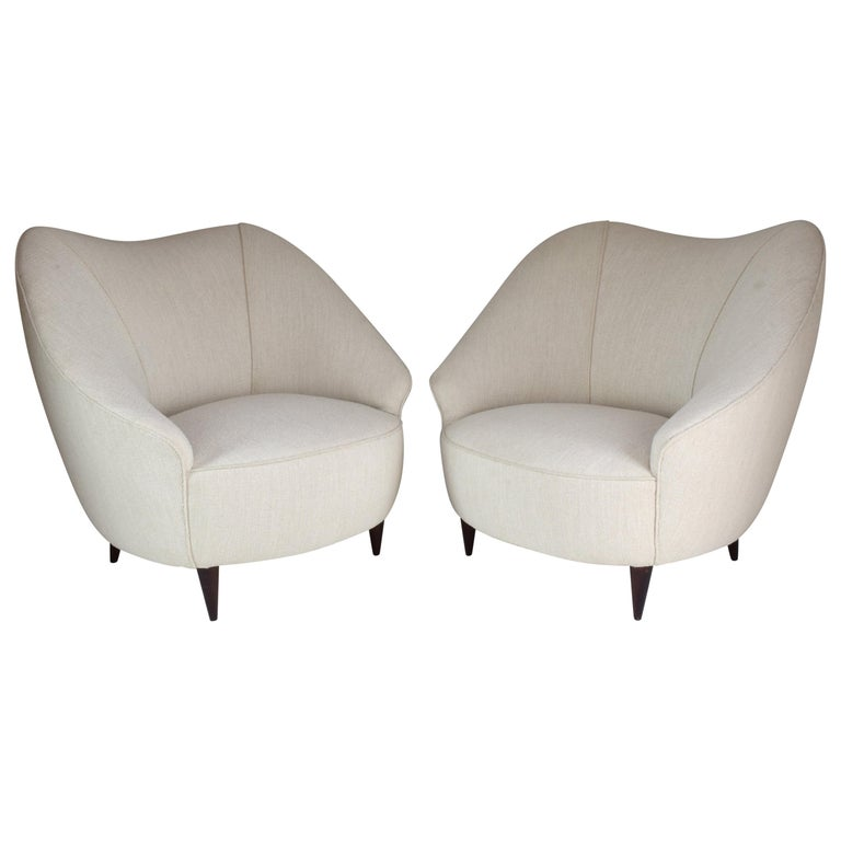 Pair of Italian Midcentury Armchairs Attributed to Gio Ponti, 1950s For Sale