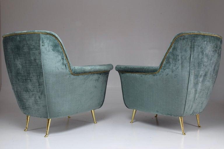 Pair of Italian Midcentury Armchairs by ISA Bergamo, 1950s For Sale 2