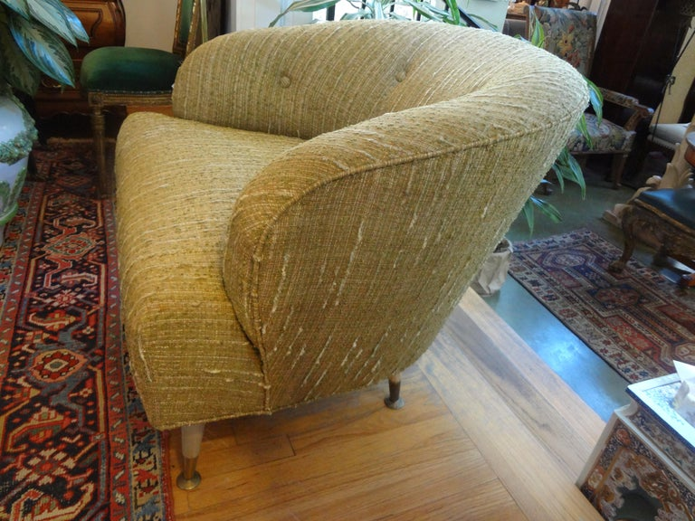 Pair of Italian Midcentury Lounge Chairs Inspired by Gio Ponti For Sale 4