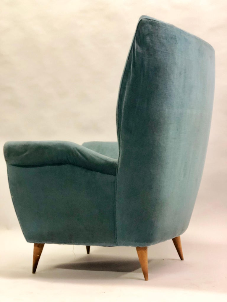Pair of Italian Midcentury Hi Back Lounge Chairs / Armchairs by Gio Ponti, 1955 For Sale 1
