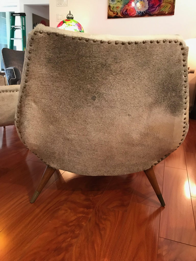 Pair of Italian Mid-Century Modern Club Chairs Covered in Cowhide For Sale 9