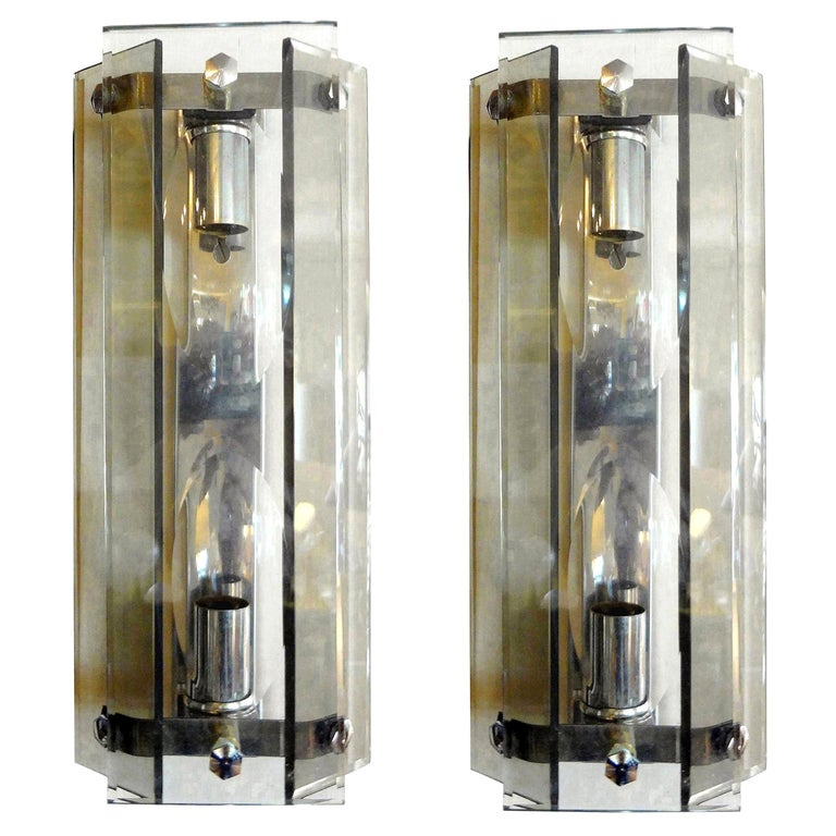 Pair of Italian Mid-Century Modern Glass Sconces Inspired by Fontana Arte For Sale