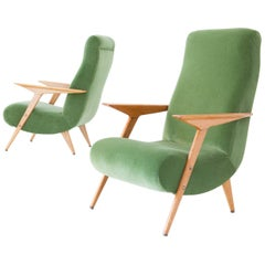 Pair of Italian Mid-Century Modern Oak Wood and Green Velvet Armchairs, 1950
