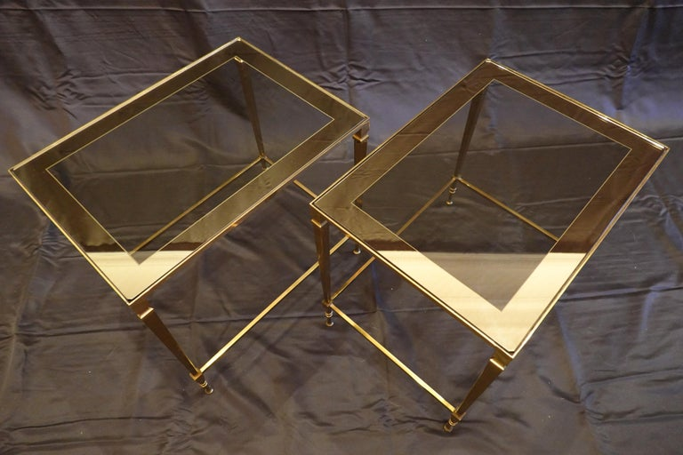 Gilt Pair of Italian Mid-Century Modern Side Tables with Glass and Mirrored Tops For Sale