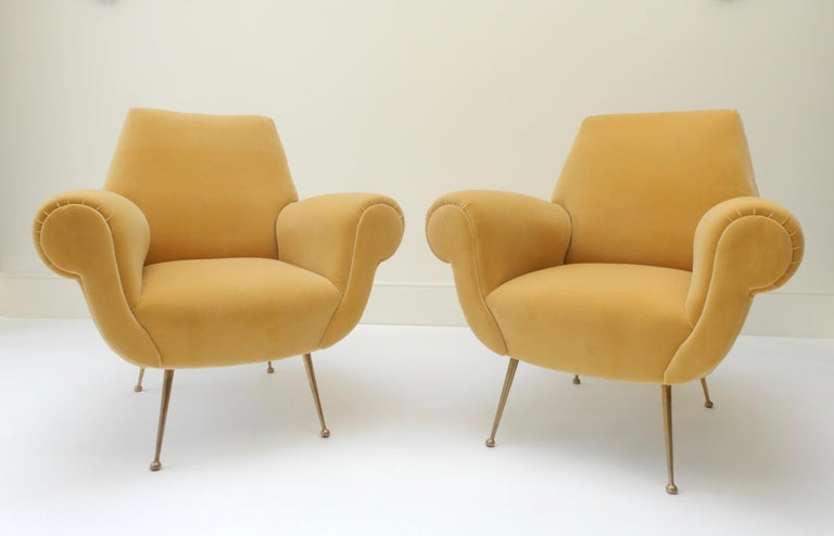 Contemporary Pair of Italian Mid-Century Modern Style Armchairs in Yellow Velvet For Sale