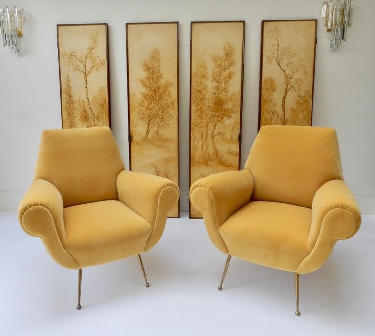 Pair of Italian Mid-Century Modern Style Armchairs in Yellow Velvet For Sale 3