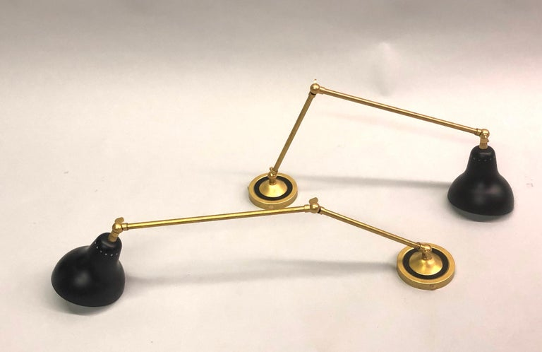 Pair of Italian Mid-Century Modern Style Brass Articulating Sconces, Arredoluce  In Excellent Condition For Sale In New York, NY