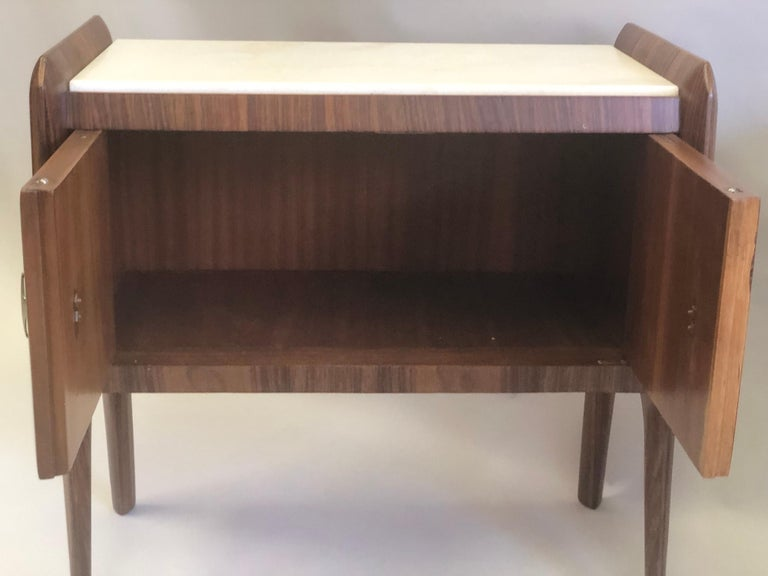 Pair of Italian Midcentury Nightstands/End Tables Attributed to Osvaldo Borsani For Sale 4