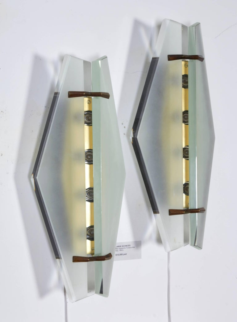 Mid-Century Modern Pair of Italian Midcentury Sconces Attributed to Max Ingrand for Fontana Arte For Sale