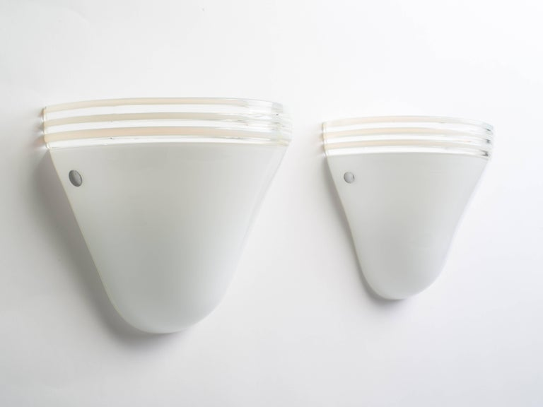 Italian Pair of Mid-Century Modern White Murano Glass Sconces by Leucos, Italy For Sale