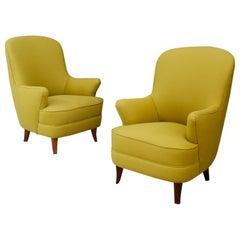 Pair of Italian Midcentury Armchairs Attributed to Nino Zoncada in Green Fabric