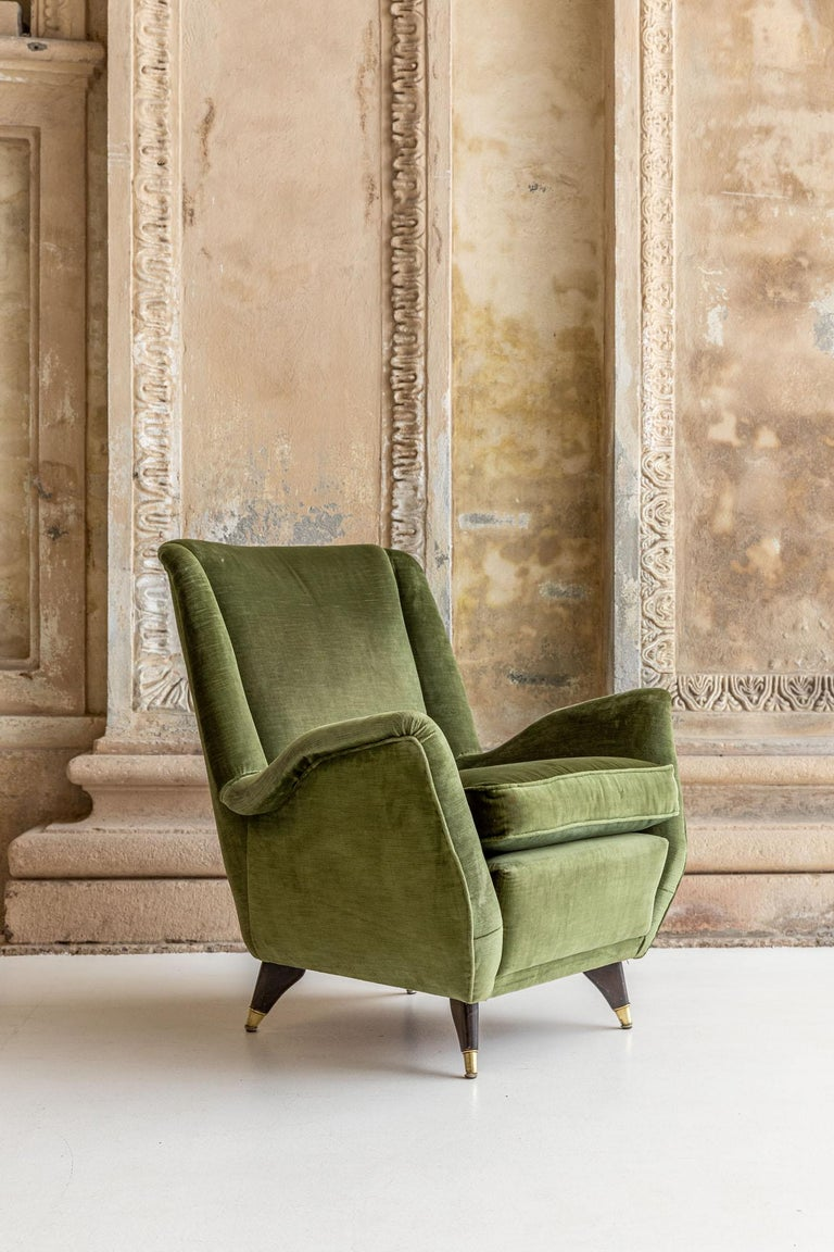 Pair of Italian Midcentury Armchairs by Isa For Sale 9