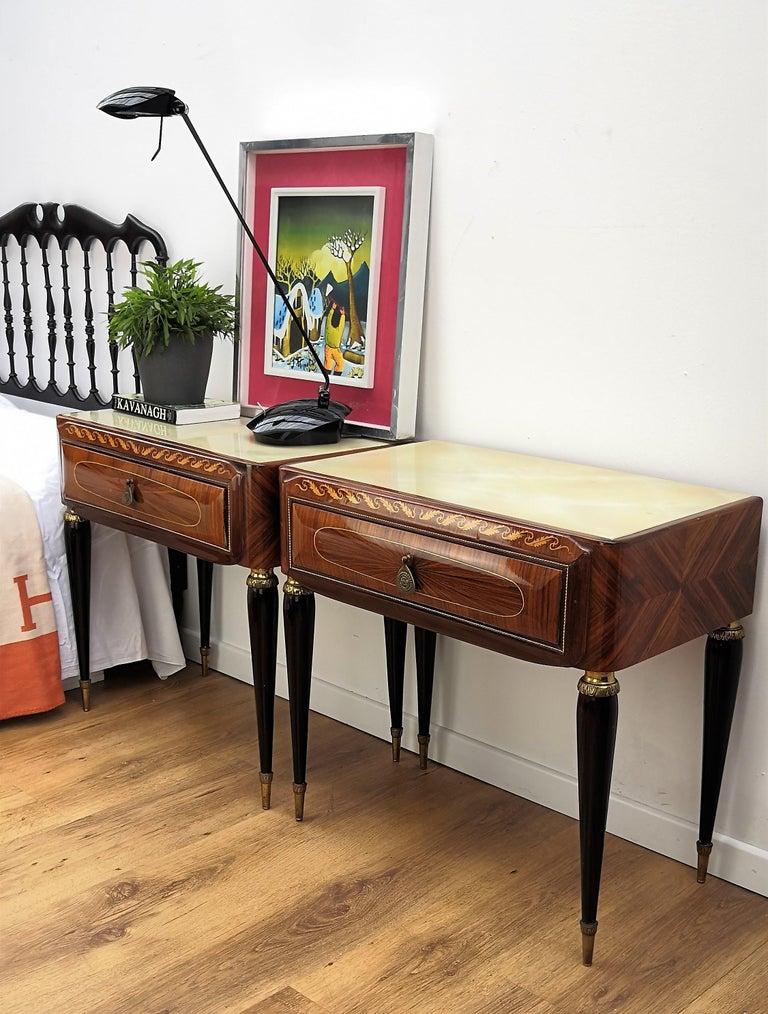 Brass Pair of Italian Midcentury Art Deco Nightstands Bedside Tables Walnut Glass Top