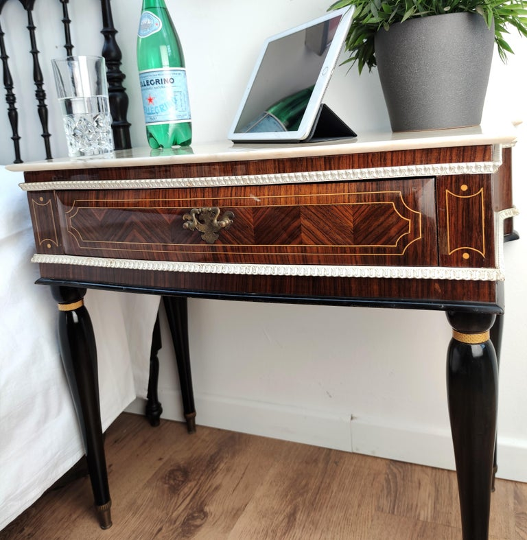Pair of Italian Midcentury Art Deco Nightstands Bedside Tables Walnut Marble In Good Condition In Carimate, Como
