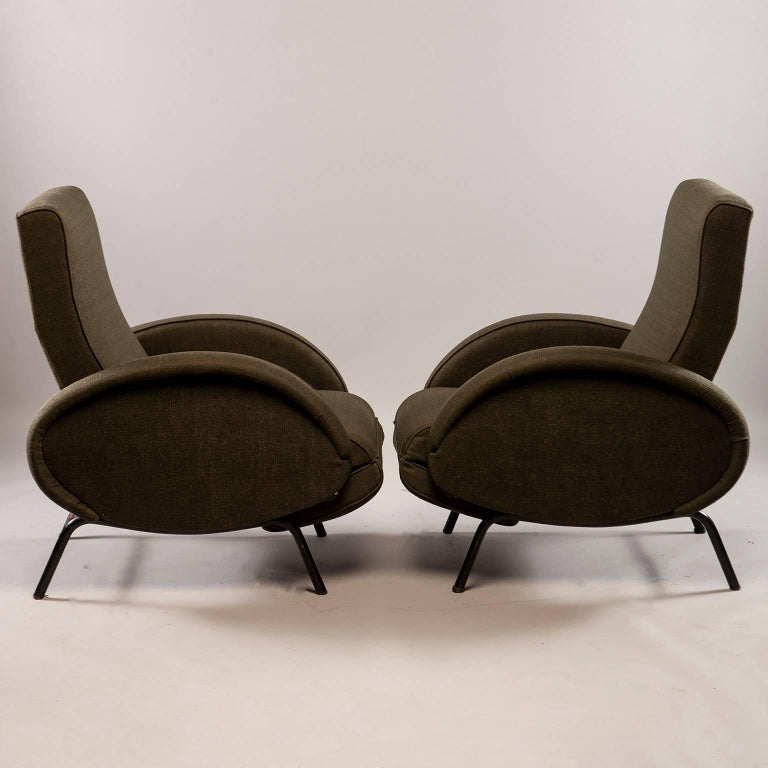 Mid-Century Modern Pair of Italian Midcentury Reclining Chairs in the Manner of Marco Zanuso For Sale