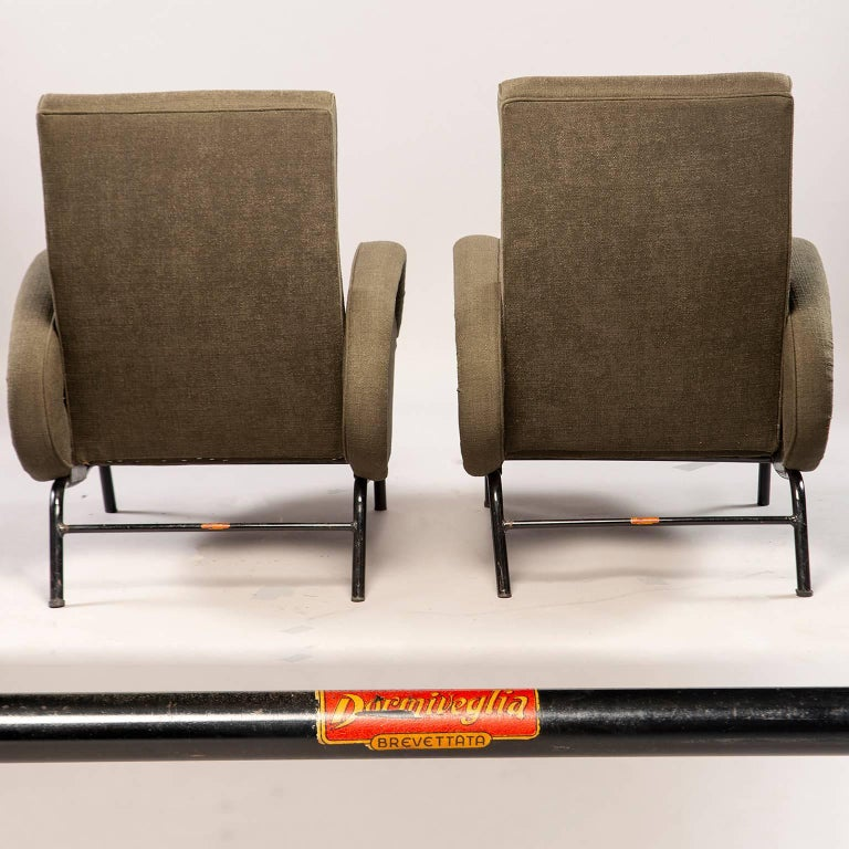 20th Century Pair of Italian Midcentury Reclining Chairs in the Manner of Marco Zanuso For Sale
