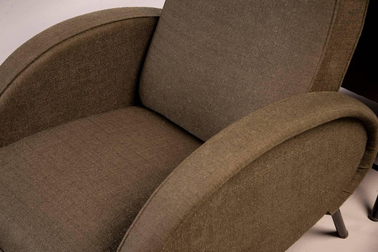 Pair of Italian Midcentury Reclining Chairs in the Manner of Marco Zanuso For Sale 1