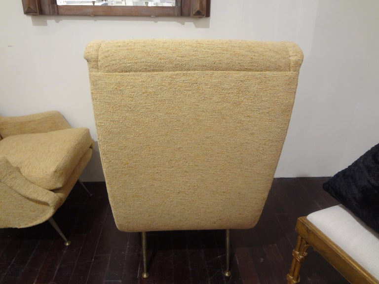 Pair of Italian Midcentury Lounge Chairs Inspired by Minotti In Good Condition For Sale In Houston, TX