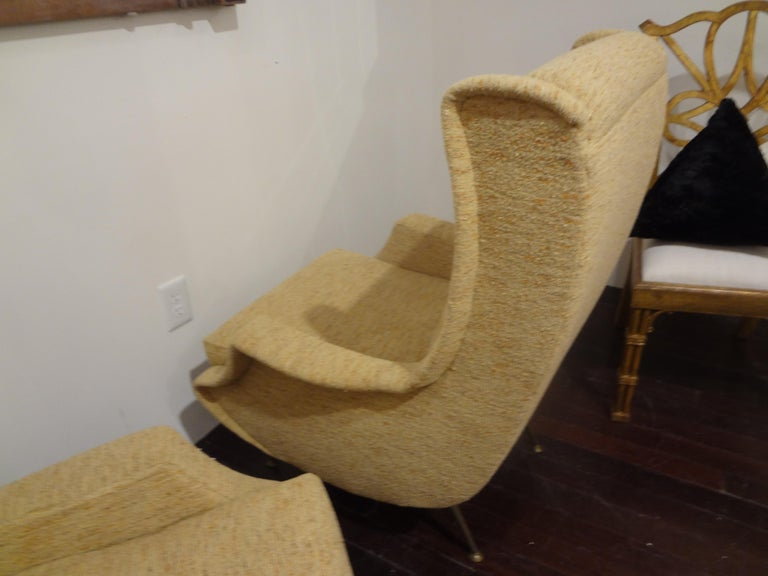 Mid-20th Century Pair of Italian Midcentury Lounge Chairs Inspired by Minotti For Sale