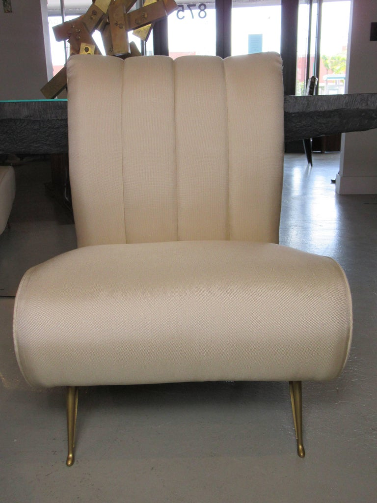 Pair of Italian Modern Slipper Chairs, Isa, Attributed to Gio Ponti For Sale 2