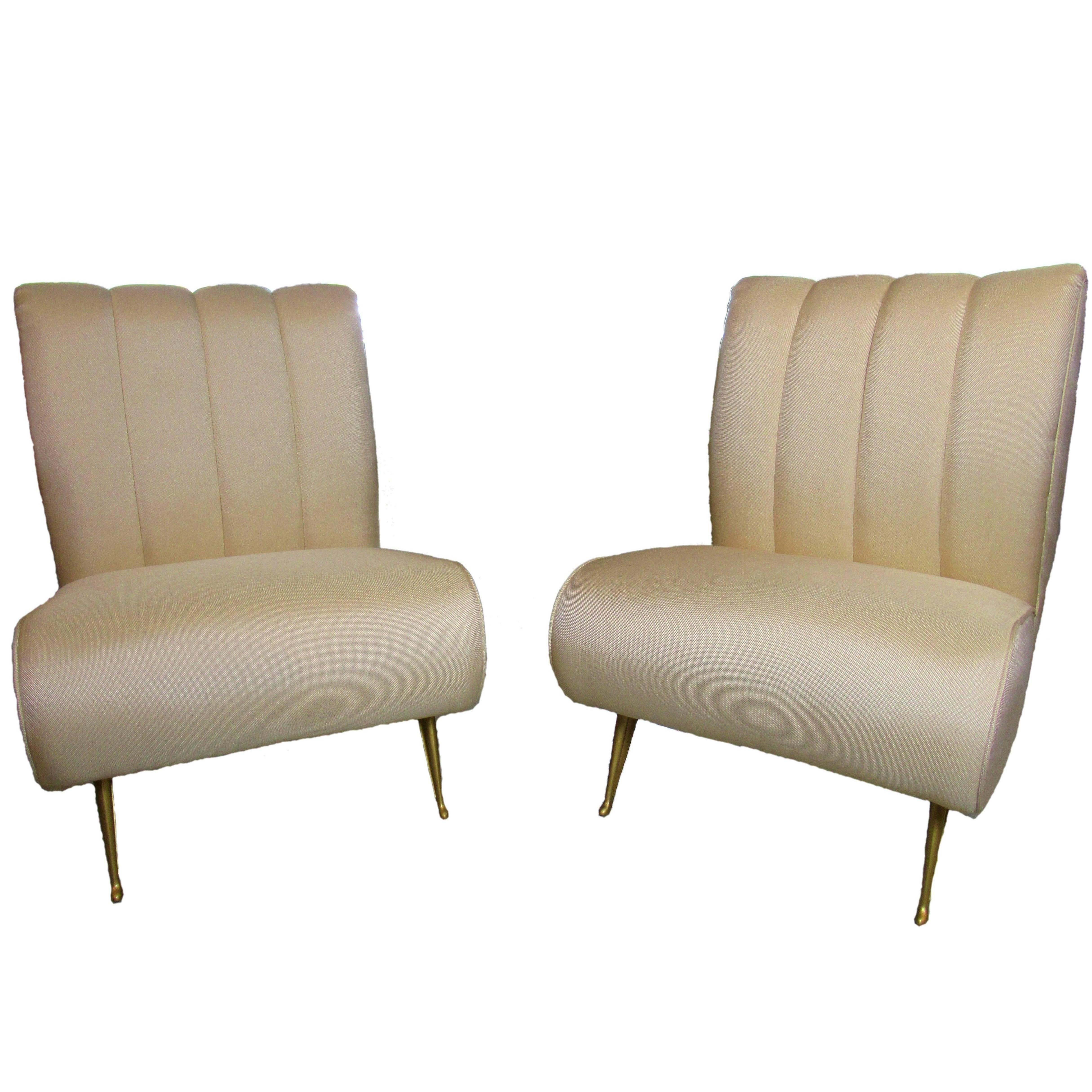 Pair of Italian Modern Slipper Chairs, Isa, Attributed to Gio Ponti