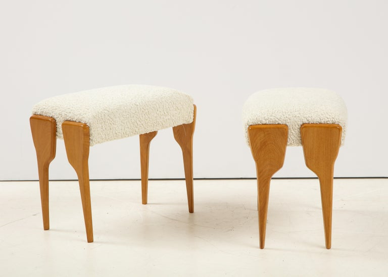 Pair of Italian Modernist Stools In Good Condition For Sale In New York, NY