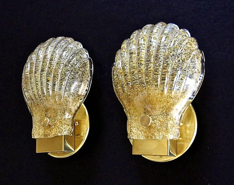 Pair of Italian Murano Glass Clam Shaped Wall Sconces For Sale 8