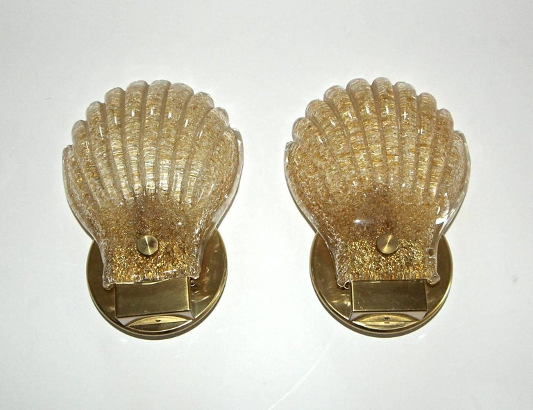 Pair of Italian Murano Glass Clam Shaped Wall Sconces For Sale 4