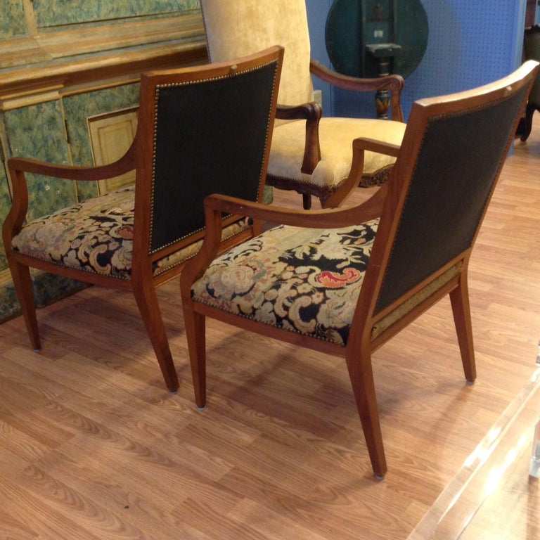 19th Century Pair of Italian Neoclassic Armchairs For Sale