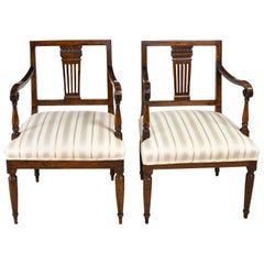 Italian Neoclassical Armchairs in Walnut with Upholstered Seat, circa 1820, Pair