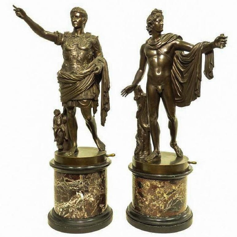 Pair of Italian Neoclassical Grand Tour Bronze Figures on Marble Bases For Sale