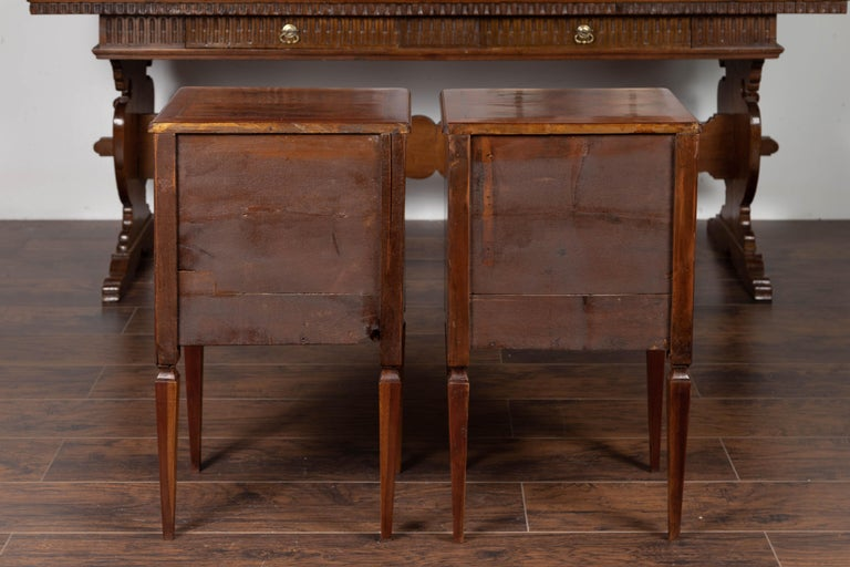 Pair of Italian Neoclassical Style 1840s Walnut Commodes with Banded Inlay For Sale 7