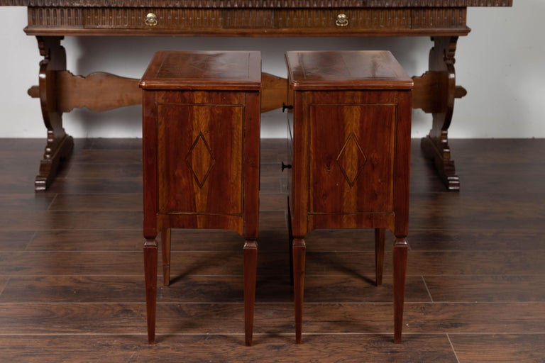 Pair of Italian Neoclassical Style 1840s Walnut Commodes with Banded Inlay For Sale 8