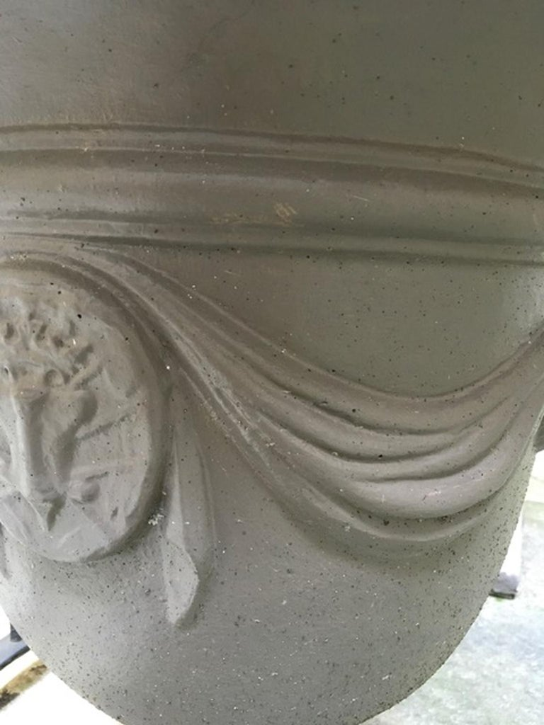 Pair of Italian Neoclassical Style Stone Paste Gardens Urns Hand Paint Mud Color For Sale 2