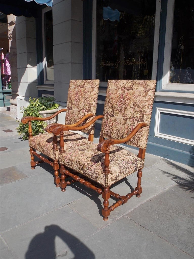 Mid-19th Century Pair of Italian Neoclassical Walnut Acanthus Upholstered Armchairs, Circa 1850 For Sale