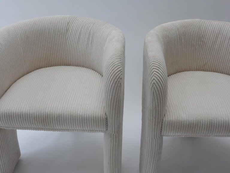 Pair of Italian Off-White Velvet Corduroy Armchairs, 1970s For Sale 5