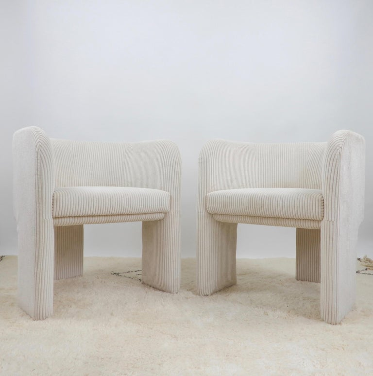 Pair of Italian Off-White Velvet Corduroy Armchairs, 1970s For Sale 6