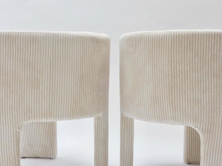Late 20th Century Pair of Italian Off-White Velvet Corduroy Armchairs, 1970s For Sale