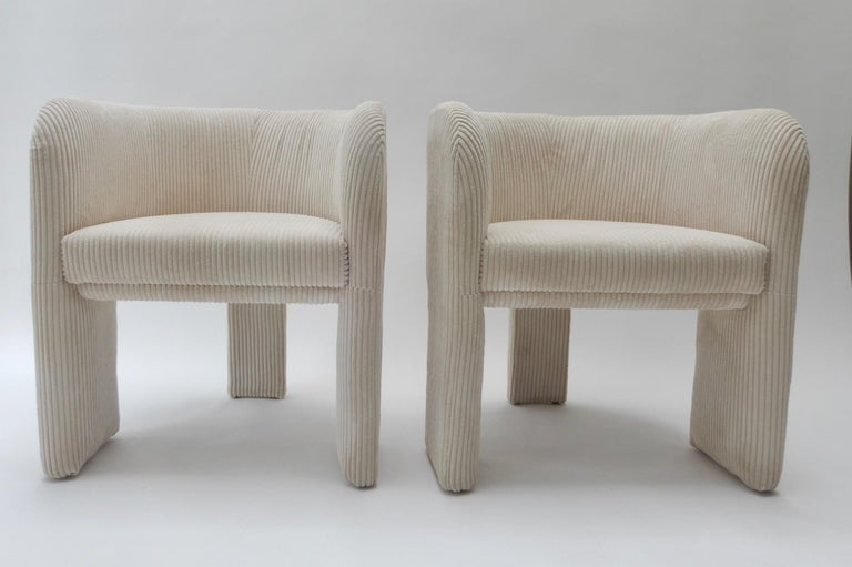 Pair of Italian Off-White Velvet Corduroy Armchairs, 1970s For Sale 3