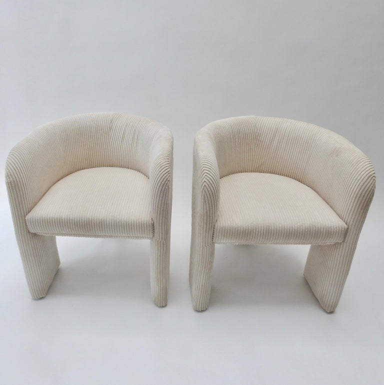 Pair of Italian Off-White Velvet Corduroy Armchairs, 1970s For Sale 4
