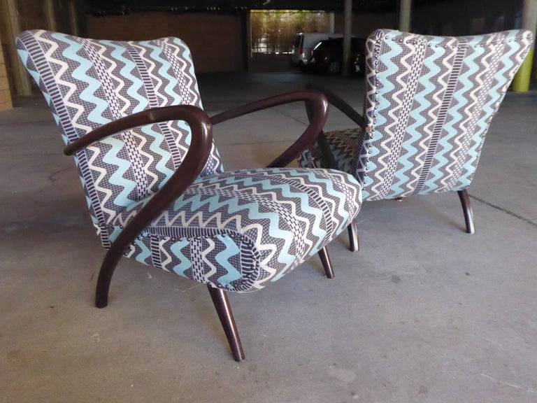Pair of Italian Open-Armchairs Attributed to Paolo Buffa In Excellent Condition For Sale In Palm Springs, CA